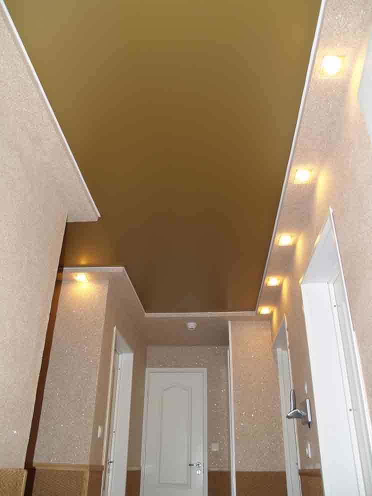 Идеи натяжных потолков фото для коридора